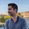 Twitter sassocie avec des médias pour fournir plus de contenu dans les tweets élargis