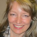 Profile photo of Suzanne Kearns