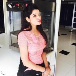 Profile picture of Riya Malhotra