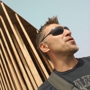 Profile picture for Leo Navarro