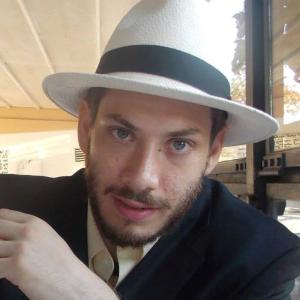 Profile photo of thesurrealari