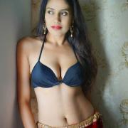 Nikki Kaur's avatar