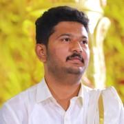 Vishnu Bharathi's avatar