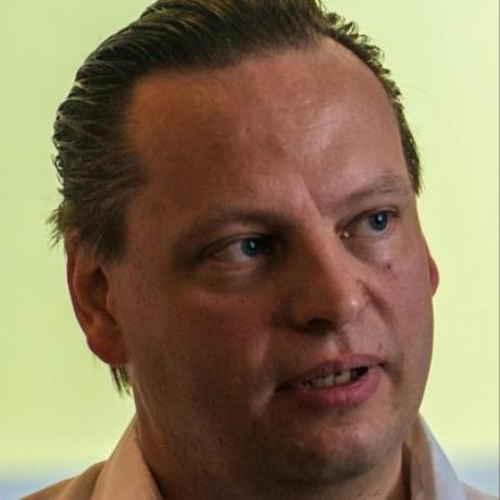 Picture of Stefan Priebsch