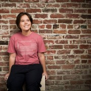 Justine De Caires's avatar