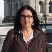 יעל קרן-צבי - עובדת סוציאלית, בוגרת תכנית הנחיית קבוצות