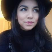 Verónica López's avatar