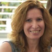 ענת פישמן - יועצת חינוכית, מטפלת משפחתית וזוגית