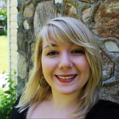 Lauren Halligan
