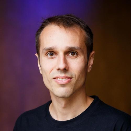 Robert Munteanu's avatar