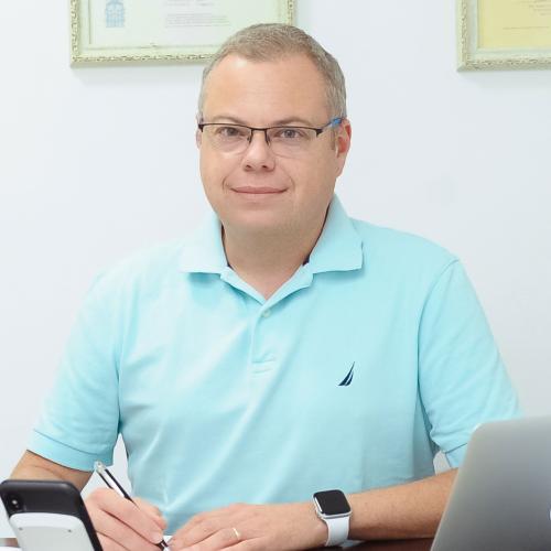 ד״ר דני בלוצרקובסקי