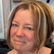 Profile picture of Sue Reynolds
