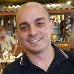 Profile picture of Mozart Moraes