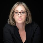 הילה פלד-ממן - עובדת סוציאלית, בוגרת תכנית הנחיית קבוצות