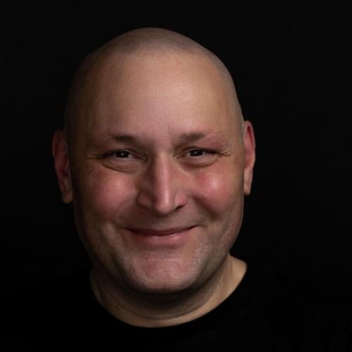 Peter Simons's avatar