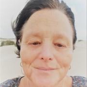 סמדר שמידוב - עובדת סוציאלית