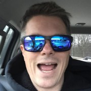 Simon McLean's avatar